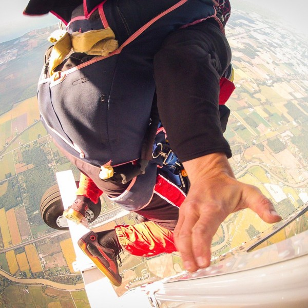 The Skydiving Wedding